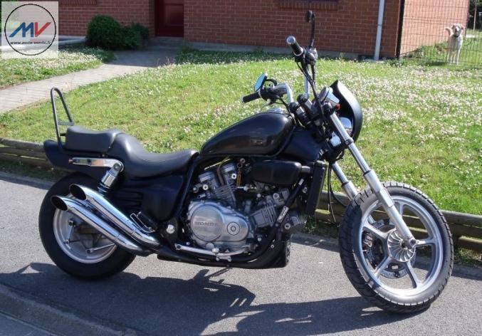 moto custom honda vfc 750 nord pas de calais pas de calais. Black Bedroom Furniture Sets. Home Design Ideas
